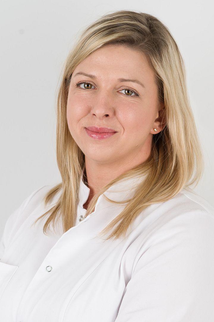Magdalena-Bencal-Kusinska